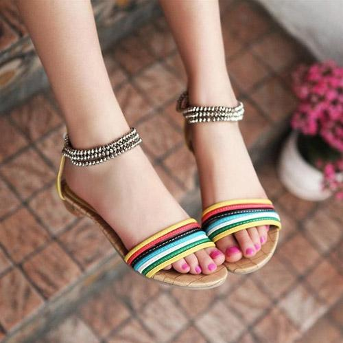Sandal cho mùa đi biển - 12