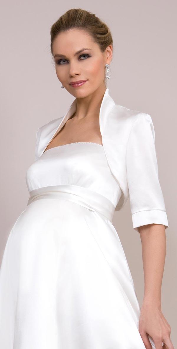 Chọn váy cưới chuẩn cho cô dâu bầu