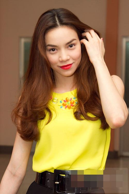 Sao Việt cực duyên với tóc ngôi giữa