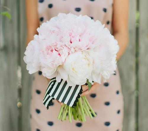 7 gợi ý váy phù dâu thời trang và nhã nhặn 7