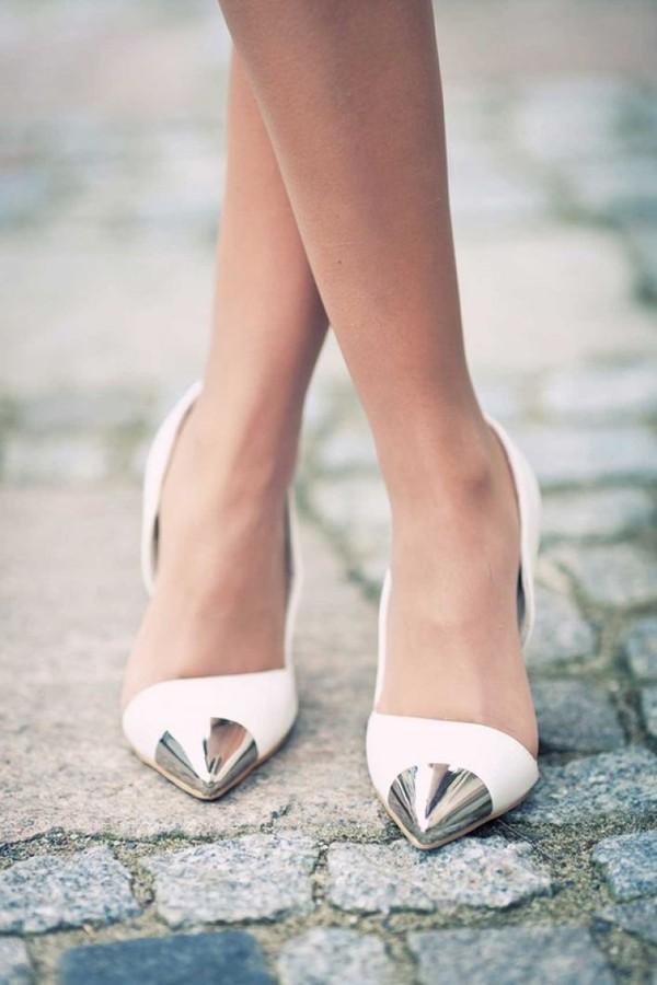 Chọn giày để diện từ công sở tới tiệc tối 10