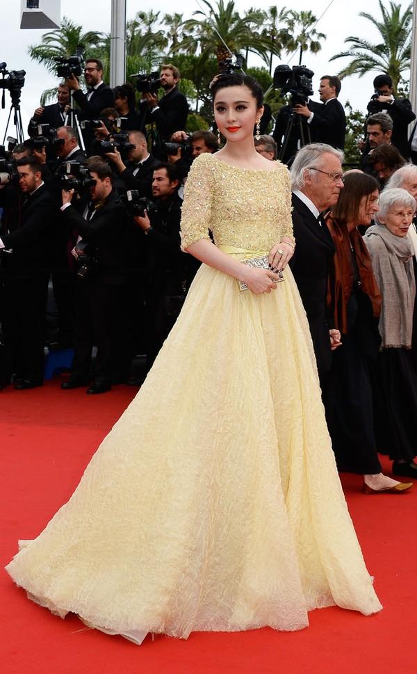 30 chiếc váy thảm đỏ đẹp nhất năm 2013 30
