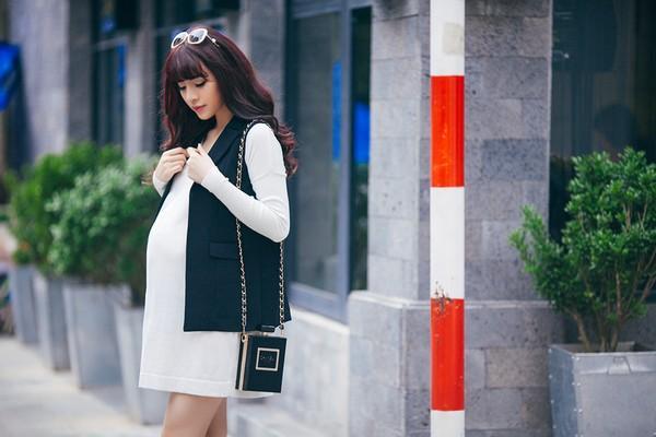 Mặc đồ công sở ấm áp và thời trang cho bà bầu xinh đẹp 25