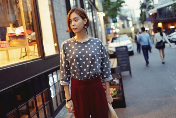 10 cách mix sáng tạo và trendy với áo phông oversized cá tính 3