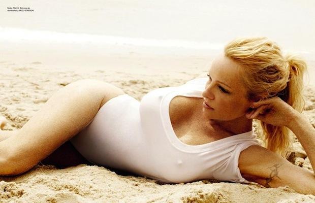 Pamela Anderson - Quả bom sex trở lại!