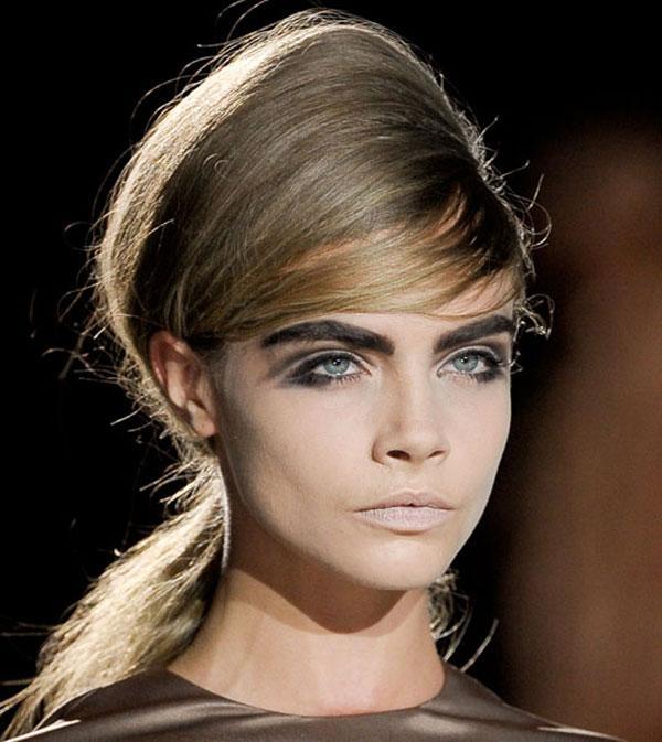 15 kiểu kẻ viền mắt màu đen sexy