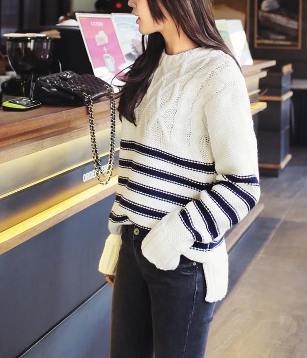 Tư vấn cách chọn và mặc áo len thật chuẩn cho nàng siêu gầy 7
