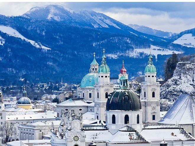 Vẻ đẹp mê hồn của 10 thành phố du lịch hàng đầu châu Âu 3