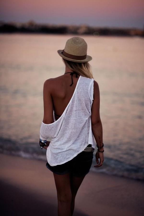 Những món đồ thường ngày có thể mặc ngoài bikini 11