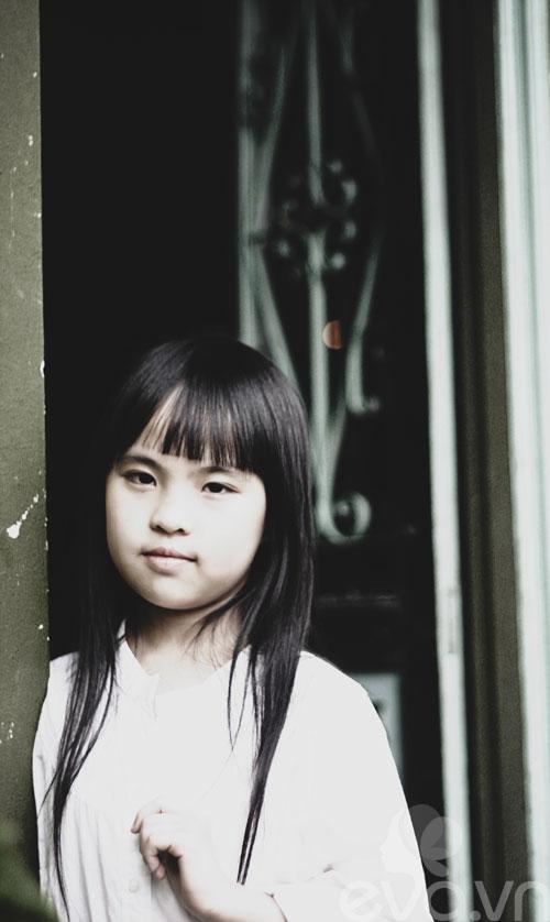 Cô bé lớp 7 có hình trên tạp chí Vogue Ý - 13