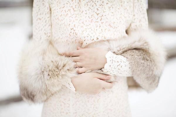 Ấm áp mà vẫn đẹp lộng lẫy với áo khoác cưới mùa đông 2013 1