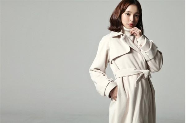 Kết hợp áo khoác vừa ấm, vừa sang cho phái đẹp công sở 13