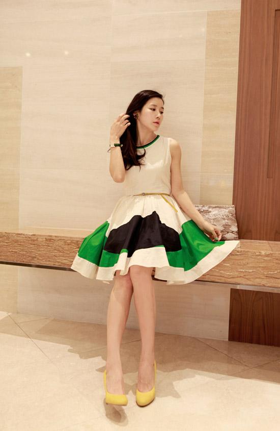Bộ sưu tập váy xinh đón chào Hè 2013