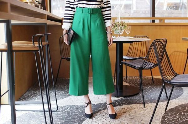"""Mặc quần culottes với giày gì vừa dễ đẹp, vừa dễ """"chất""""?"""
