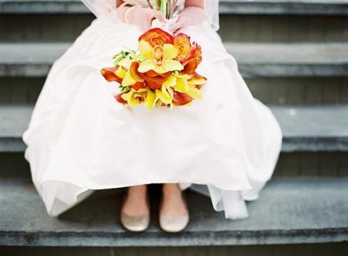 Chọn hoa tone ấm áp cho đám cưới mùa lạnh 8