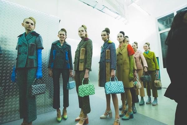 Tuần lễ thời trang Milan: Thu/Đông không mấy khác Xuân/Hè!