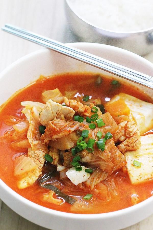 Công thức súp kimchi cay nồng đã ăn là mê 7