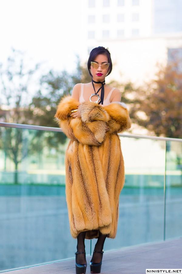 NTK gốc Việt Nini Nguyen - từ lao công trở thành stylist riêng của Rihanna 50