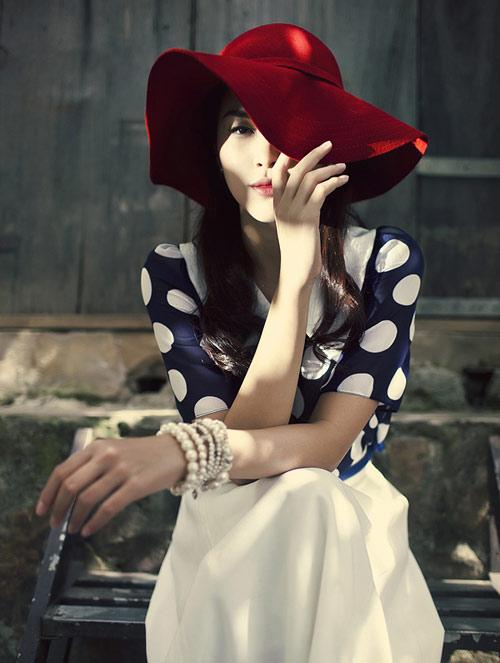 Kiểu dáng mũ yêu thích của sao Việt mùa nắng nóng