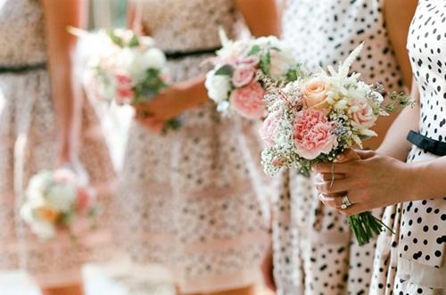 7 gợi ý váy phù dâu thời trang và nhã nhặn 8
