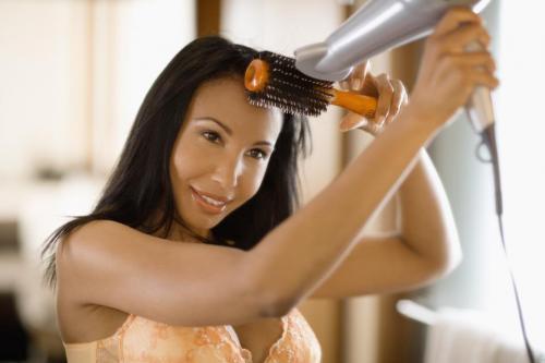 8 cách tự tạo kiểu tóc xoăn tại nhà 6