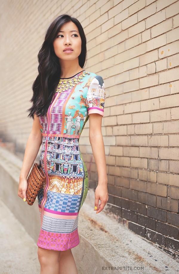 Street style châu Á ngập tràn màu sắc, họa tiết