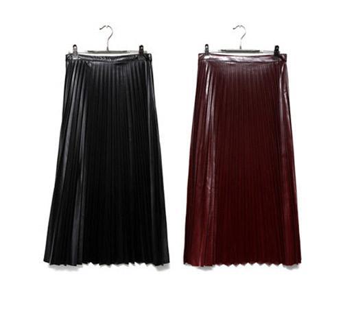 Váy midi duyên dáng cho ngày mưa gió