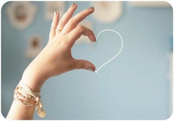 Những dấu hiệu nhận biết tình bạn đang chuyển sang tình yêu