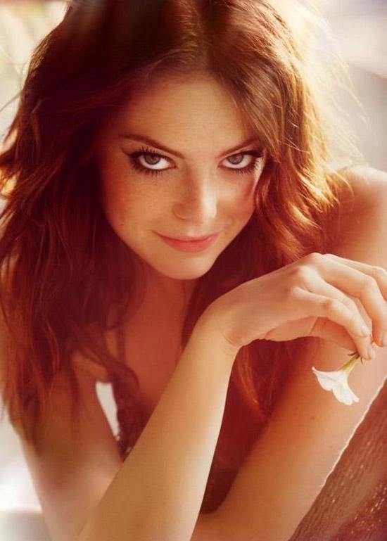 Emma Stone - Nét gợi cảm đằng sau vẻ trong sáng 5