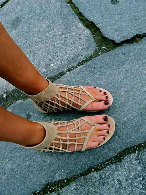 Sandal cho mùa đi biển - 10