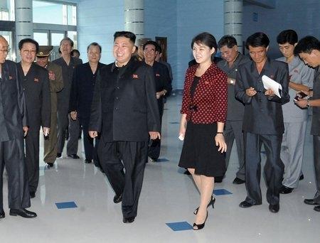 Thời trang chấm bi gây sốt ở Triều Tiên