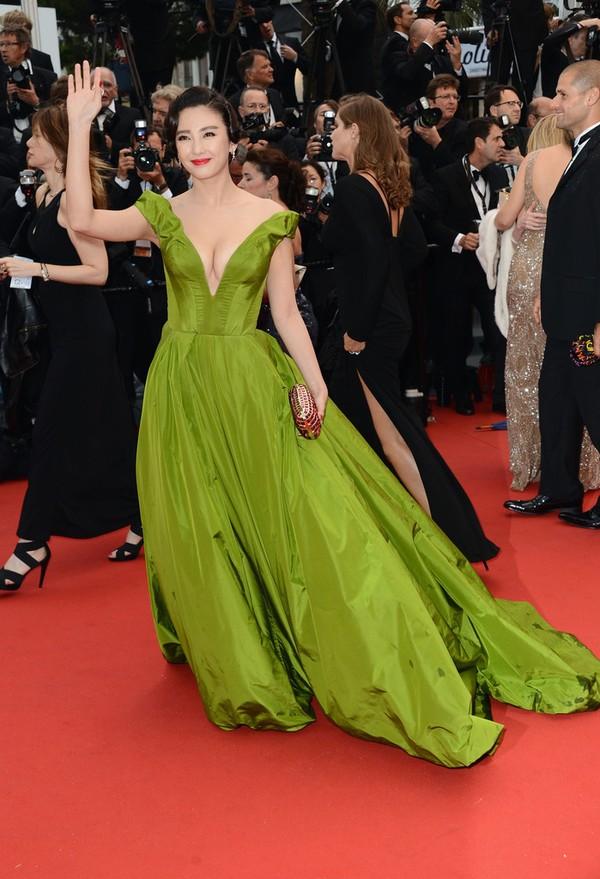 30 chiếc váy thảm đỏ đẹp nhất năm 2013 1