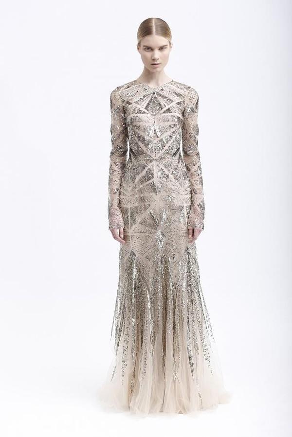 Xu hướng váy cưới dài tay cho mùa đông lạnh giá 21
