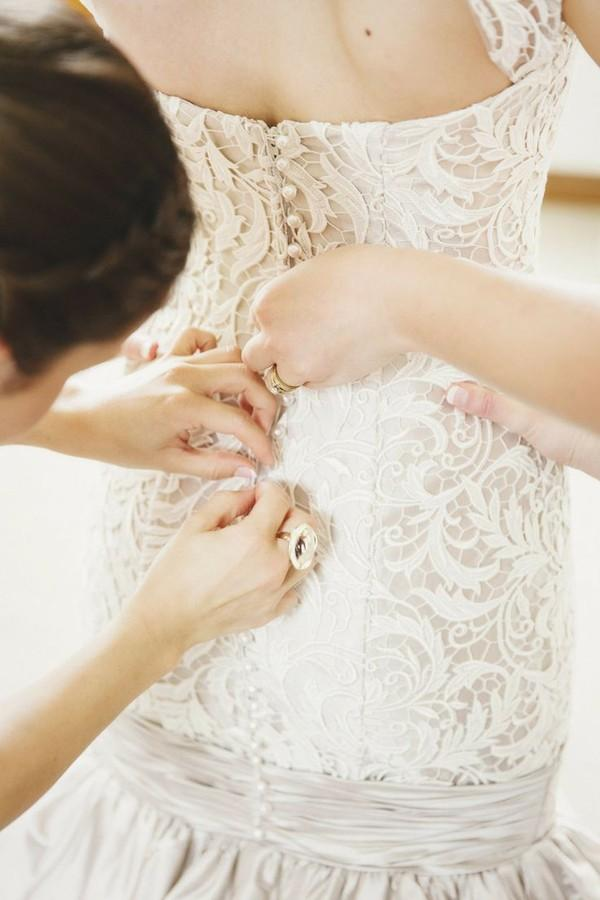 Váy cưới - Nên mua hay nên may? 4