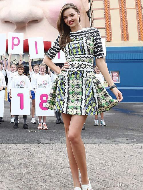 13 váy ngắn