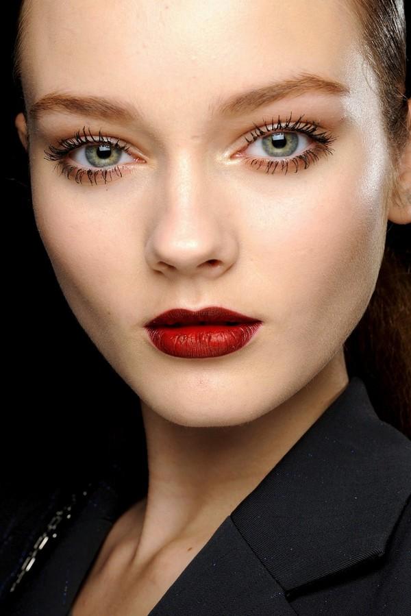 Bí quyết chọn đúng mascara cho từng dáng lông mi 6
