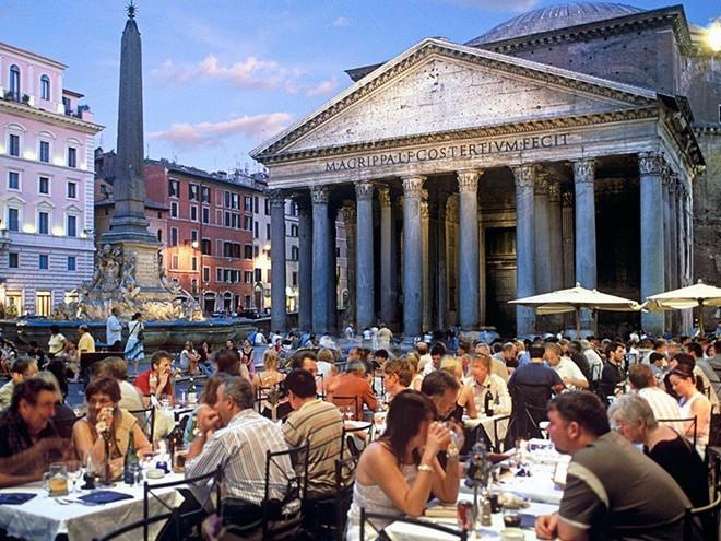 Vẻ đẹp mê hồn của 10 thành phố du lịch hàng đầu châu Âu 6