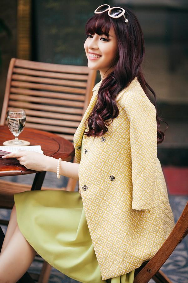 Mặc đồ công sở ấm áp và thời trang cho bà bầu xinh đẹp 8