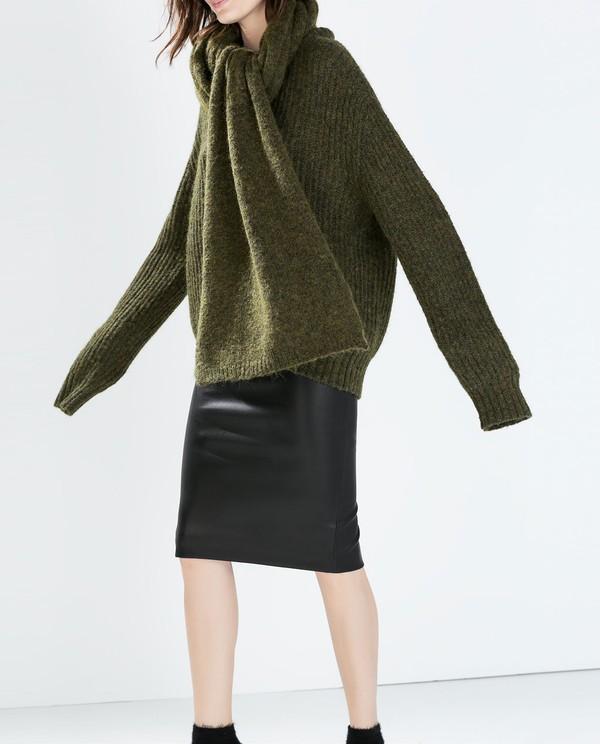 Muôn kiểu kết hợp nhẹ nhàng và ấm áp cùng chân váy midi 18