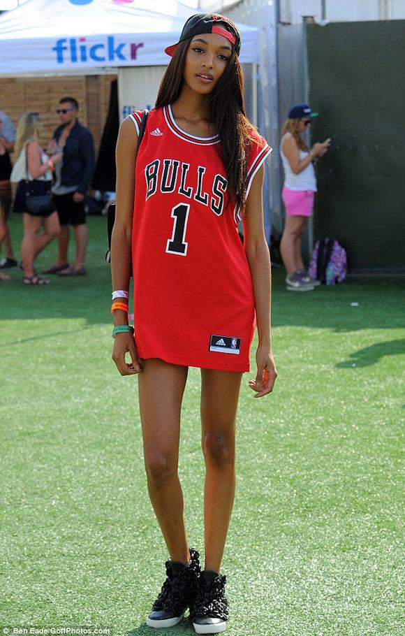 Áo Jersey - kiểu áo số thể thao đang rất được ưa chuộng