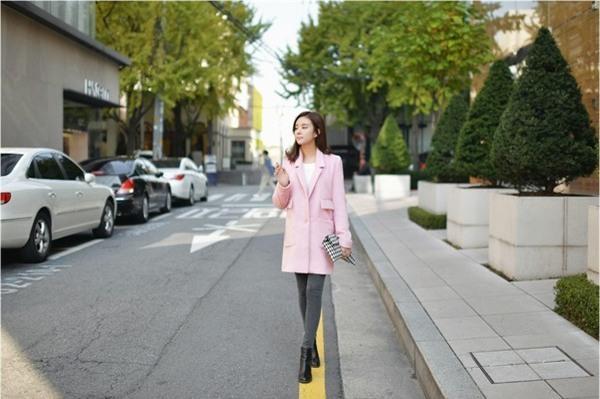 Kết hợp 3 phong cách với áo khoác tone màu tươi sáng 14