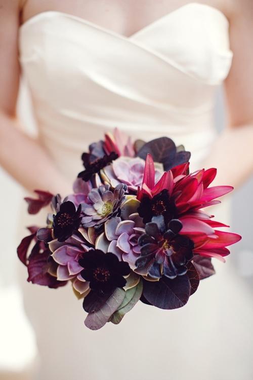 Chọn hoa tone ấm áp cho đám cưới mùa lạnh 10