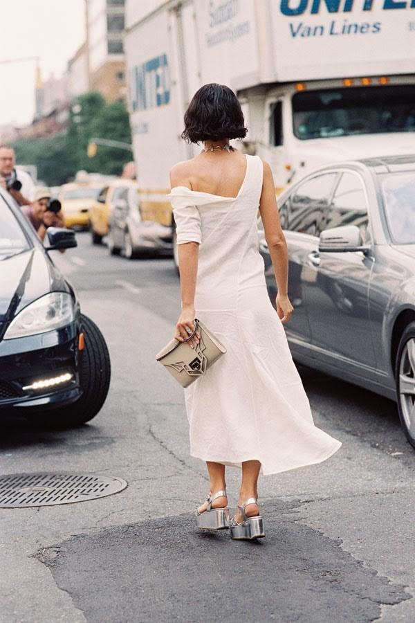 Gợi ý mặc đồ hở mà vẫn gợi cảm theo cách tinh tế 17