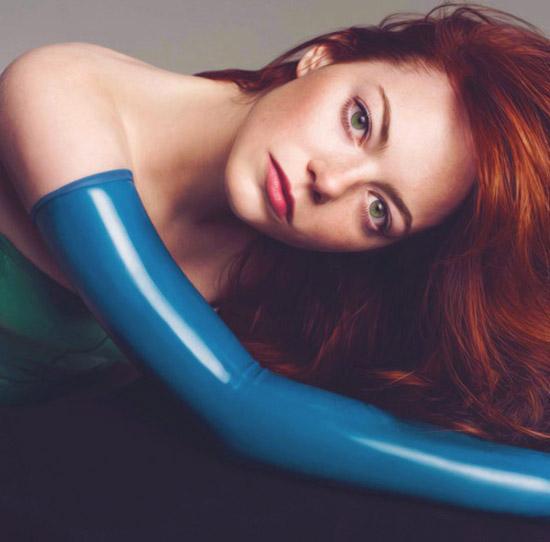 Emma Stone - Nét gợi cảm đằng sau vẻ trong sáng 24