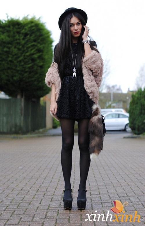Diện váy ngắn xinh tươi xuống phố ngày đông