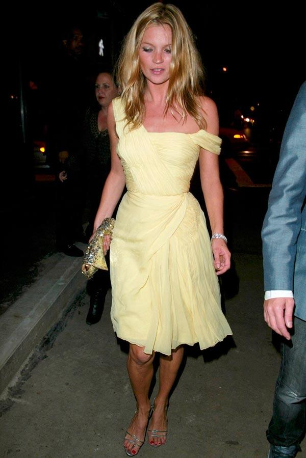 Những chiếc váy thay đổi lịch sử thời trang (P4)