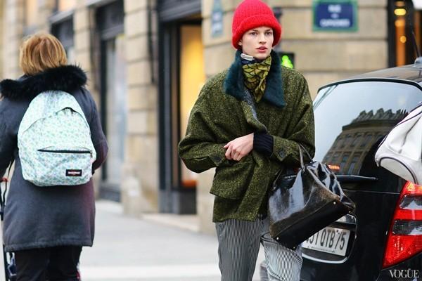Mê mẩn với vẻ đẹp bay bổng từ street style tại Paris