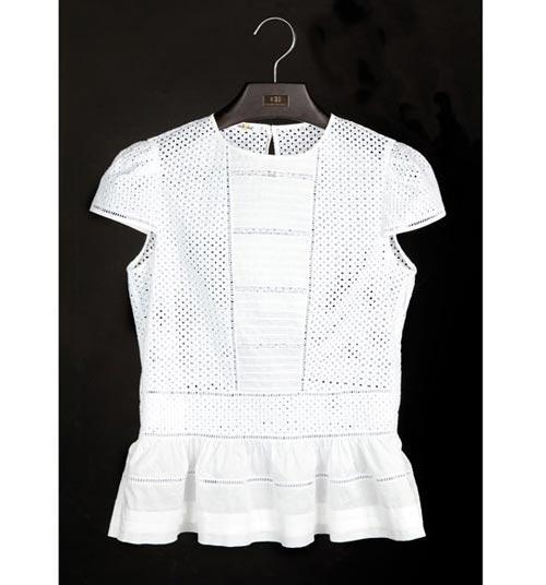 Vẻ đẹp thanh nhã bất tử của áo sơ mi trắng