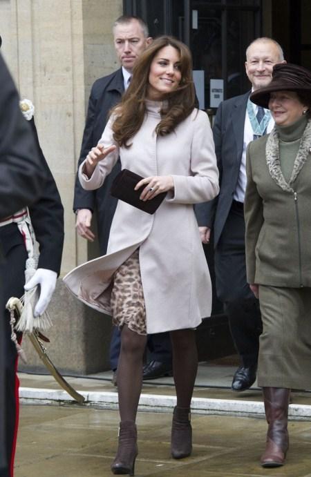 Công nương Anh - Bà bầu sành điệu nhất thế giới