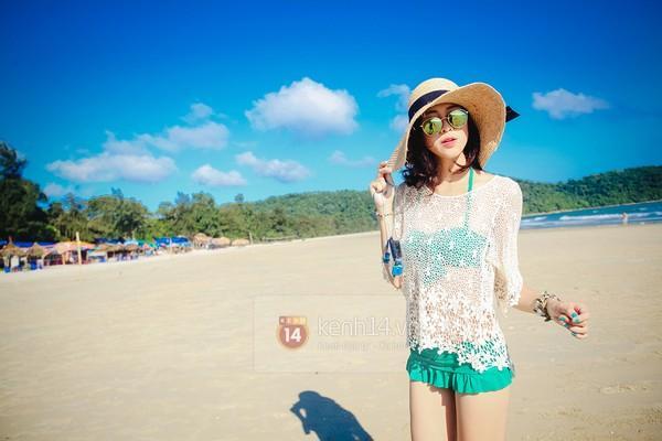 Biển xanh cát trắng & những bộ bikini đẹp lung linh 14